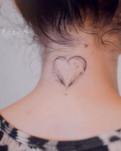Corazón de plumas por Karolina Szymańska