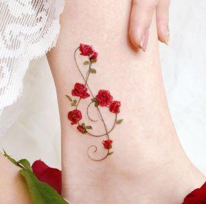 Nota musical adornada con Flores Rosas por Studio by Sol, Song E. Tattoo