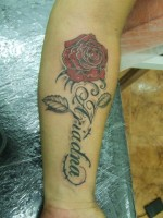 Tatuaje Rosas Tattoo Tatuaje De Una Cara Quemándose Y Una Rosa