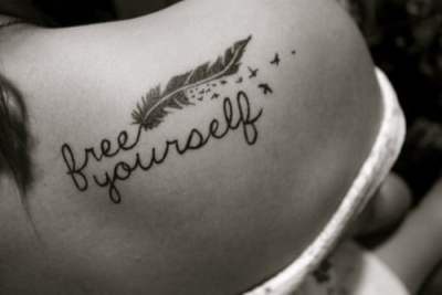 Liberate a ti tatuaje