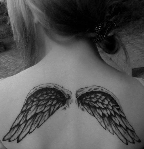 Tatuaje De Alas En La Espalda