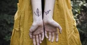 tatuaje origami para mujer