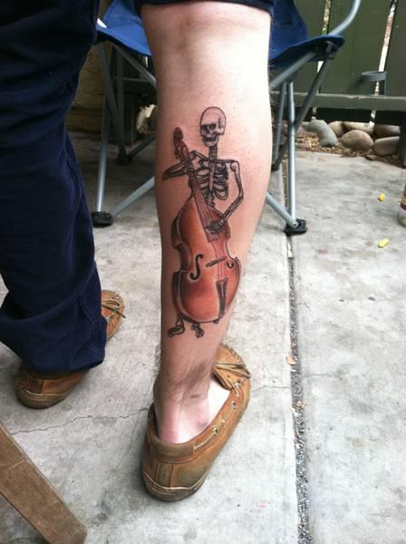 violin skull tattoo