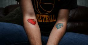 Tatuaje corazón y diamante