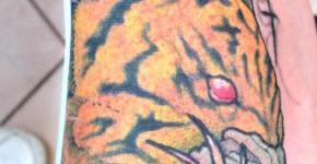 Dedo Hangman tattoos