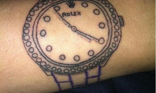 tatuaje fail reloj