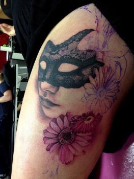 Tatuaje de antifaz