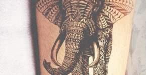 Tatuaje elefante con mosaicos