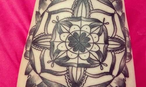Tatuaje Mandala en el antebrazo