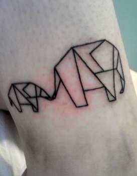 Tatuaje elefantes de papel