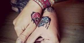 Tatuajes craneos manos
