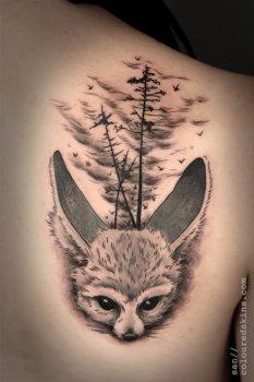 Tatuaje zorrillo desierto