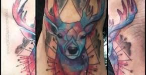 Tatuaje ciervo flechas