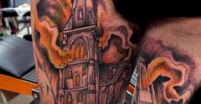 Tatuaje caserón encantado