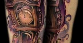 Tatuaje reloj espectral
