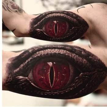 Tatuaje ojo reptil