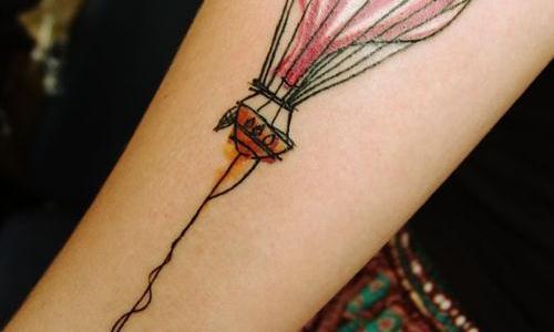 Tatuaje globo aerostático