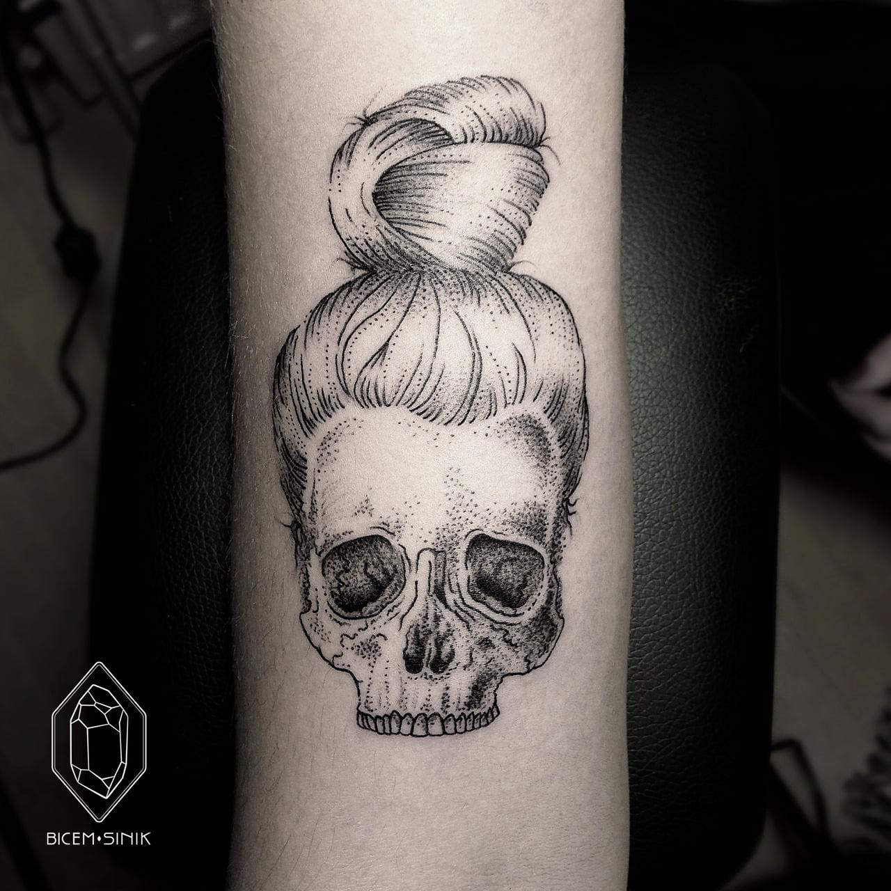 Tatuaje De Calavera Con Moño Tatuajesxd