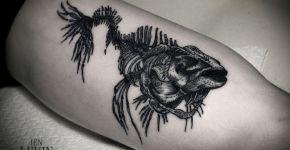 Tatuaje esqueleto de pescado