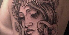 Tatuaje de cabeza de mujer