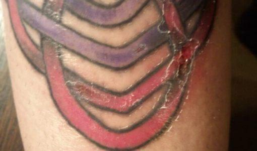 Tatuaje descuidado