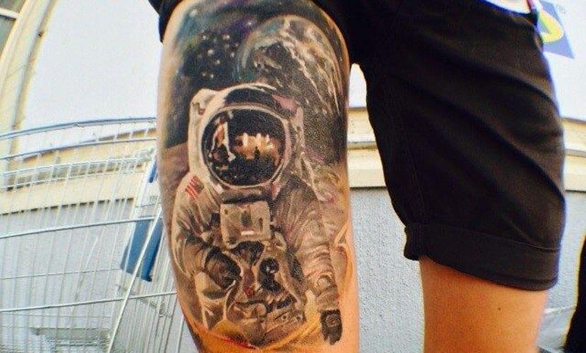 Tatuajes De Espacio Planetas Y Astronautas