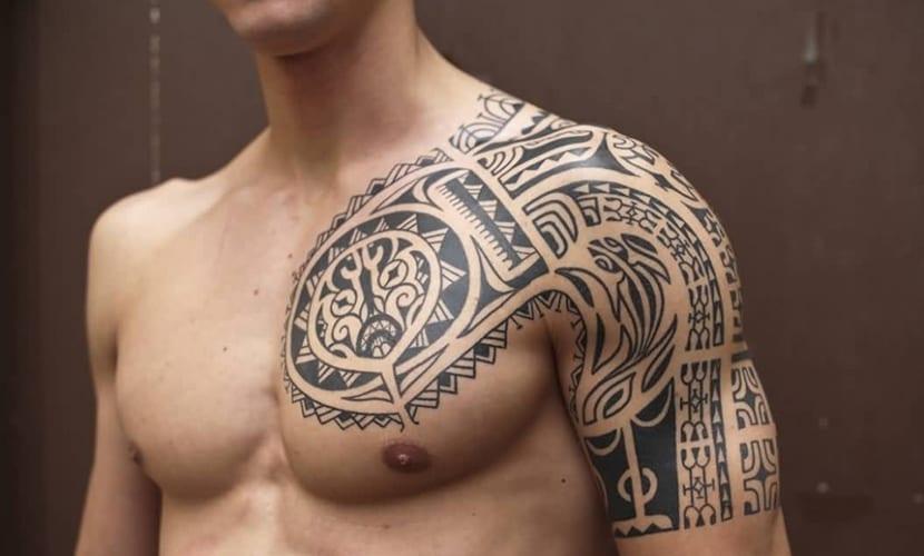 Tatuajes En Los Hombros Para Hombres Recopilación