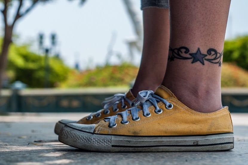 Tatuajes En El Tobillo Para Hombre Ideas Sencillas Y Siempre Perfectas