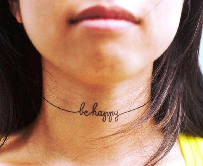 Tatuajes De Letras En El Cuello Significado Y Estilos