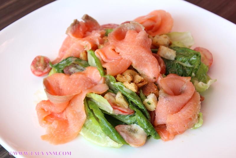 salmon salad, malaysia food blogger, nouveau 7, french restaurant in malaysia