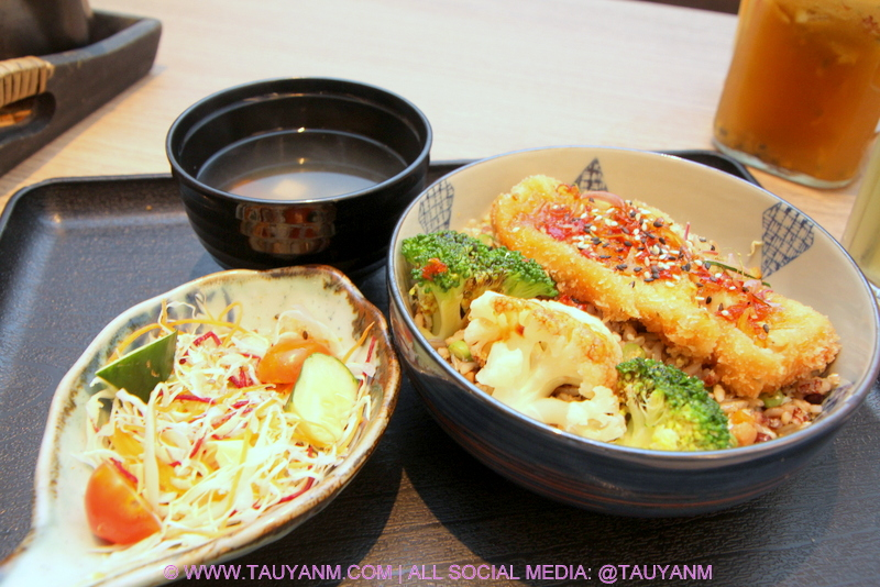 simple life, vegetarian restaurant, malaysia blogger, youtuber, vlogger
