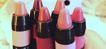 Burts Bees Make your Lips Smile Event in M Marini Caffè! Lip Crayons & Lip Gloss!