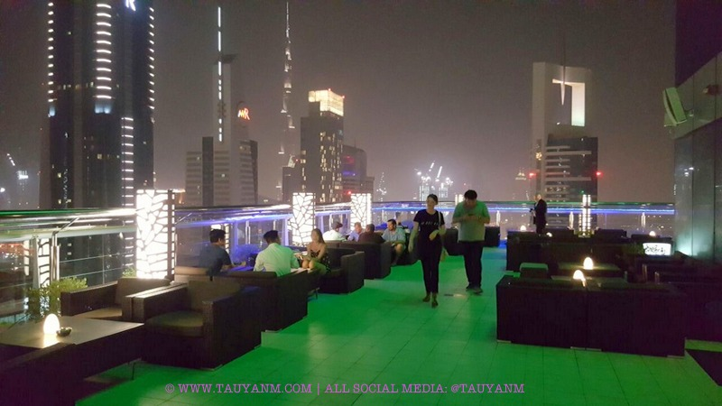 LEVEL43 ROOF TOP BAR, DUBAI FOUR POINTS BY SHERATON, DUBAI BLOGGER