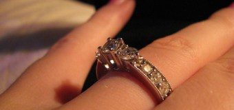 Is There A Right Way To Wear A Wedding Ring And Engagement Ring?
