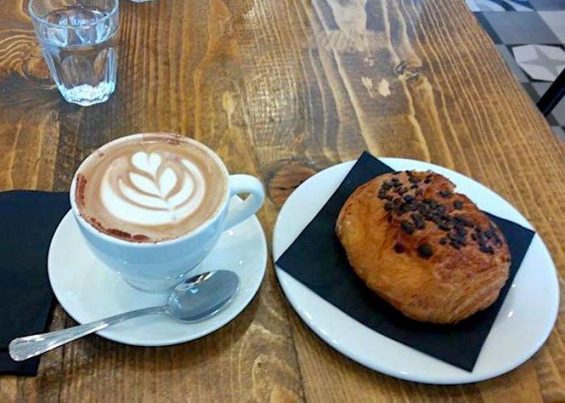 Faro - Luminari del Caffè - colazione