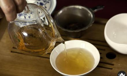 Fiorditè a Re di Roma, dolce merenda con tè anche in dehors