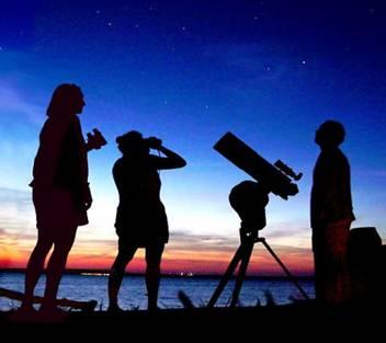 Resultado de imagen de astronomos aficionados