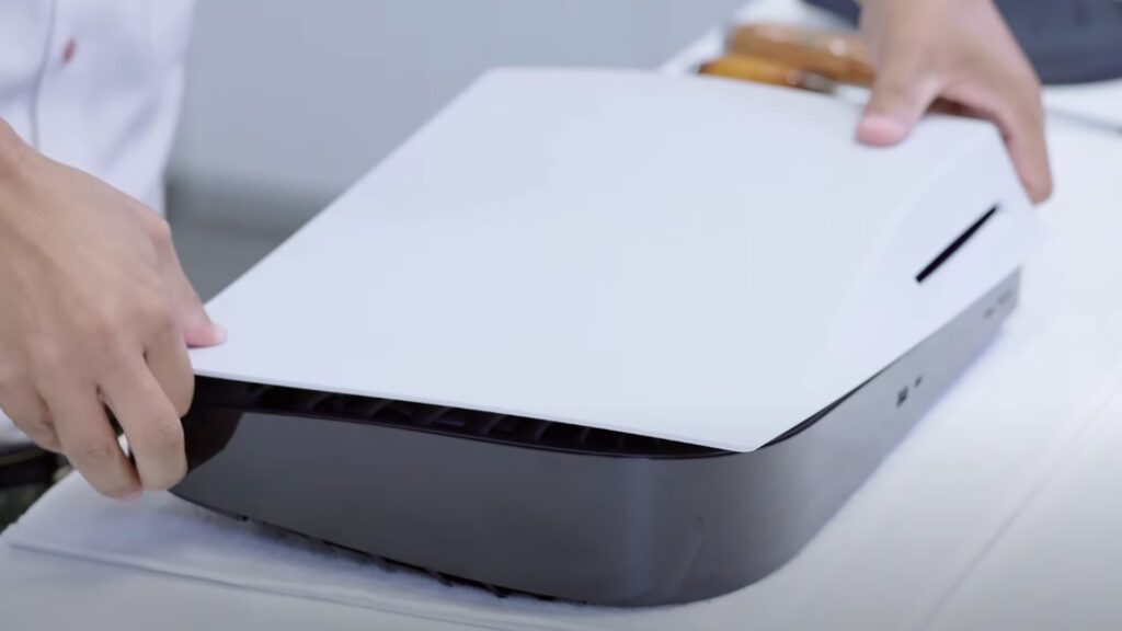 PS5 Parça Parça söküldü