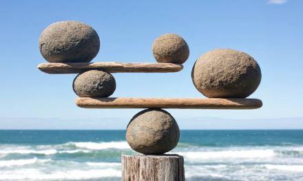How do you develop mindfulness?
