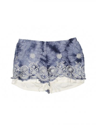 I paired the top with these LA Hearts tie-dye and crochet embellished shorts.