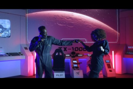 VIDEO: Adekunle Gold – Surrenda