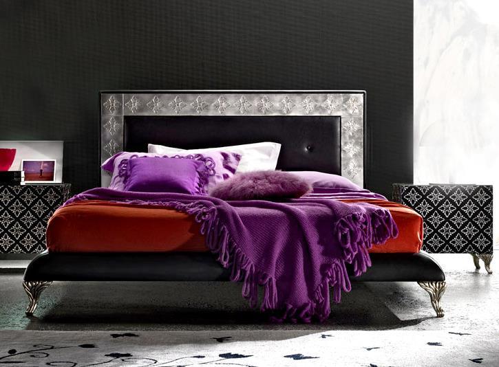 Designer Silverleaf Platform Bed with Fretwork Bedframe
