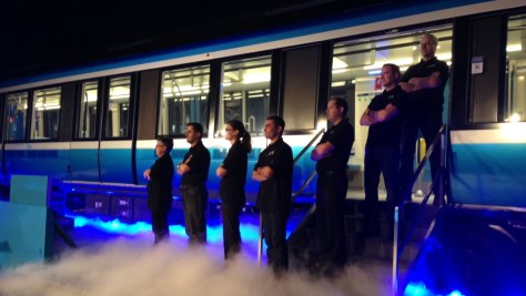 The Azur Métro is unparalleled in its ability to form a dramatic backdrop for government and corporate photo opportunities. As of July 2015, six trains have been delivered and none are in operation.