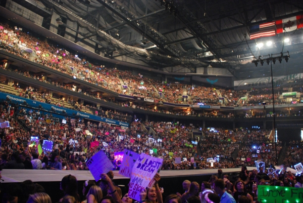 Taylor is filling up massive stadiums now.