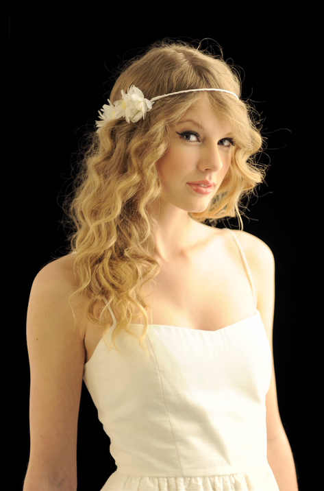 Taylor Swift Photoshoot For Usa Today Newspaper 2010