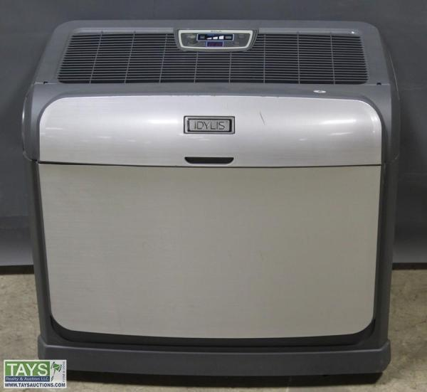 Tays Realty & Auction - Facility Estate Item Idylis Humidifier