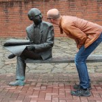 How to Connect With Your Team Through Interpersonal Communication
