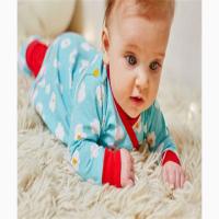 الطفل في الشهر التاسع