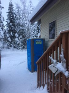 Portable-Toilets-in-Snow-2