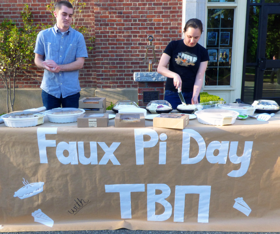 Univ. of Pacific students: Pi Day